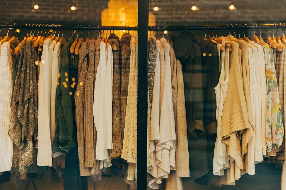 Dress code au travail : les vêtements des femmes