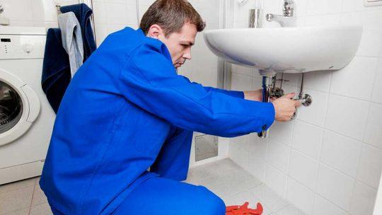 Problèmes des fuites d'eau dans votre maison